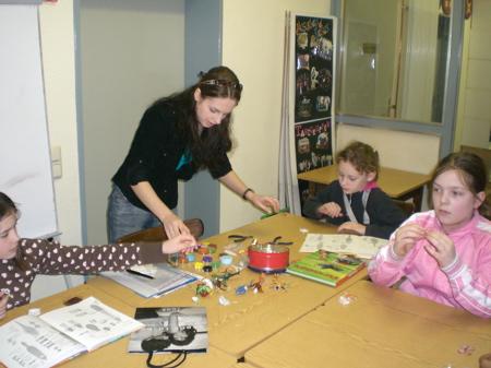 Kurs für Kinder - Perlenkreation -  Februar 2007